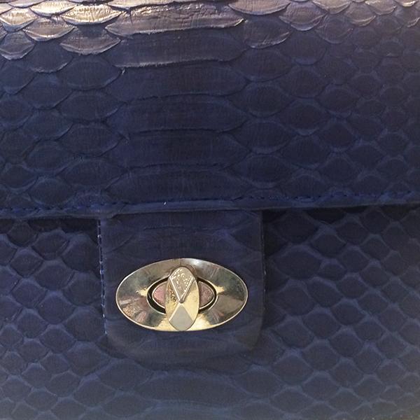 Exotische Umhängetasche Pythons blau
