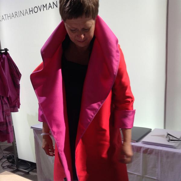 Wendemantel aus Seide in pink rot, Katharina Hovmann