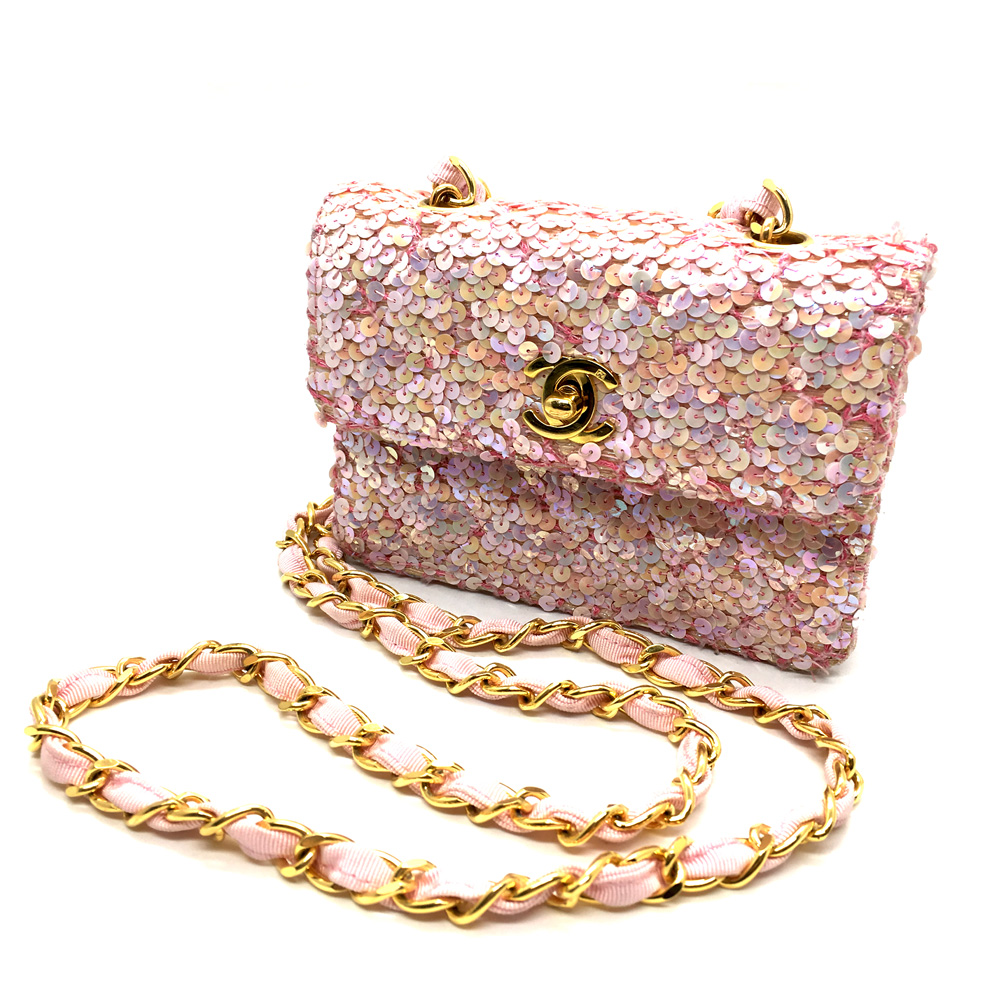 SSmall Classic Vintage Chanel square Classic Single Flap Bag in light pink