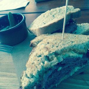 Mogg&Melzer_Berlin_Pastrami_Sandwich_